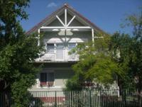 Schönes Ferienhaus mit PrivatPool und Garten für max. 15 Personen in Siofok nah am Balaton