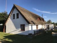 Reetgedecktes Ferienhaus in Neppermin direkt am Achterwasser, Usedom, nahe zur Ostsee, privat!