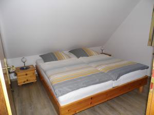 Ferienwohnung Ost - Schlafzimmer