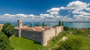 The castle and the nature in Moniga del Garda