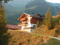 Ferienwohnung für 2-4 Personen in Jaun, Fribourg. Küche, Bad/Dusche/WC, Wohn- sowie 1 Schlafzimmer.