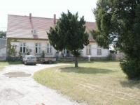 Ferienwohnung am Darß im Gutshaus Friedrichshof für 4 + 1 Personen.
