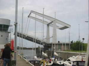 Brücke zum Grevelinger Meer und Oosterschelde