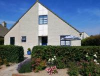 NORDSEE Komfort-Ferienhaus 130 qm für 6 Personen, 3 Schlafzimmer,   2 Bäder, 3 Terrassen mit Garten