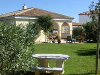Komfortables Ferienhaus in Conil, Andalusien, für 4 Personen auf einem großzügigen Privatgrundstück.