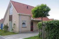 Freistehende Ferienbungalows mit ca. 100 m² Wohnfläche für bis zu sechs Personen in Breskens