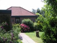 Ferienhaus mit windgeschützter Terrasse und 3 Schlafzimmern für 6 Personen auf Goeree Overflakkee.