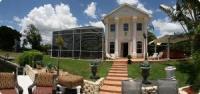 Ein Ferienhaus mit viel Platz, auch für 2 Familien, am Bimini-Kanal in Cape Coral. Florida.