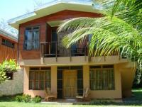 Das Apartment mit Balkon/Terasse und 2 Schlafzimmern bietet Platz für 3 Personen.