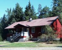 Freistehendes Ferienhaus 'Paradiset' in Småland, Schweden mit zum Haus gehörendem See (200 m).