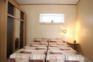 Doppelbett Appartement III