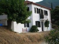 Ferienhaus auf dem Nordpeloponnes in Griechenland, zwischen Meer und Gebirge  privat zu vermieten