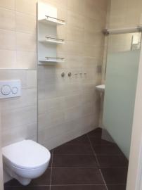 Bad mit begehbarer Dusche 38