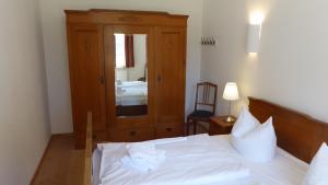 Schlafzimmer Parterre West