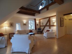 Wohnzimmer Galerie West