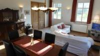 Die Ferienwohnung B mit sonniger Terrasse bietet Platz für 2 Personen